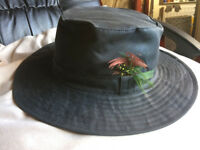 STORMAFIT WIDE BRIM WAXED HAT