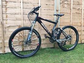 Carbon fibre Scott genius MC20 freeride/Downhill bike, HIGH SPEC, XTR, SLX, FOX