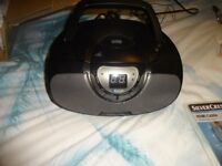 black grey radio cd, Bluetooth stereo comes with plug , collect only southampton