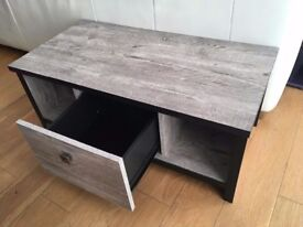 Faux wood coffee table (grey) Pine wood effect