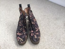 Ladies boots pretty floral pattern, right for spring. Bought from Top Shop, unused. All leather.