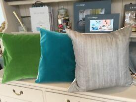 Colourful cushions W55 x L50cm