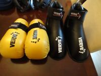 pair of Verve martial Arts Gloves and Pair Verve Foot pads