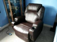 Recliner swivel chair