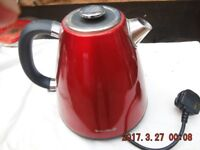 A BREVILLE RED KETTLE USED BUT GOOD CONDITION