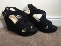 Black Open Toes Wedges (Size 3)
