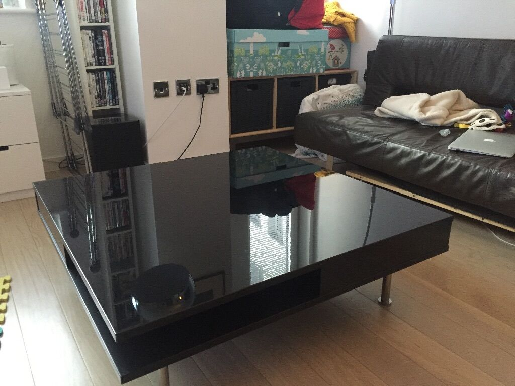 High gloss black coffee table tofteryd in hoxton for Coffee tables gumtree london