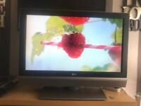 "37"" LG HD TV WITH BIULT IN FREEVIEW (CAN DELIVER IN BOLTON AREA )"