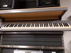 Magnifique Clavier midi de marque m-audio, model keystation 88, en super bon etat pour seulement 189.99$!! (Z008532)