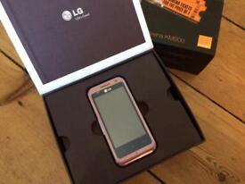 LG Arena KM900 Mobile Phone