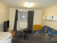 Holiday Apartment / Queens Park / Kensal Rise / central London/ A very spacious 1 bedroom apartment