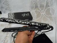 GHD HAIR STRAIGHTENERS %100 ORIGINAL IN BOX EXCELLENT CONDITION AS NEW .