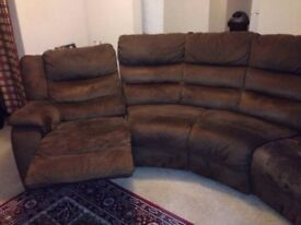 4 Seater Curved Recliner Sofa