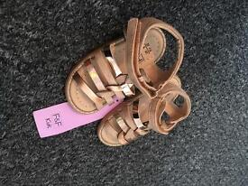 BNWT toddler size 5 sandles