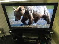 Sony Bravia 40' LCD HD Ready 4xHdmi 1XUsb 1080p Freeview TV With Remote Control