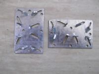 100 galvanised metal Woodhog butt joint brackets by Truline - for easy timber joints