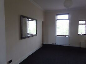 large 2 bed maisonette flat in sought after area of Dunfermline, easy walking distance to town