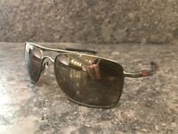 Oakley Gauge 8 polarised sunglasses -57mm with tungsten iridium lens & matt carbon frame -Brand New