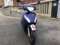 Honda vision 2012 blue 110 cc excellent runner hpi clear!!