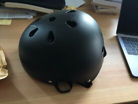 Strong bicycle helmet Medium/Small