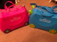 Kids Trunki pair (blue and pink)