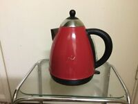 Red kettle in very good condition only £6