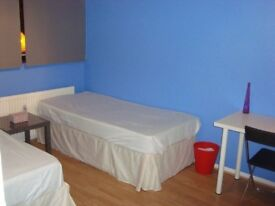 FANTASTIC BIG TWIN/DOUBLE ROOM, 4 MNTS WALK MILE END STATION, 15 MNT NIGHT TUBE TO OXFORD ST, 032002