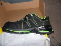 Trojan size 9 safety shoes