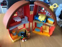 Bings play house