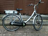 Adult electric bike low step through REDUCED IN PRICE TO £500