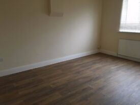 A BRAND NEW DOUBLE ROOM IN A FLAT SHARE CLOSE TO TWICKENHAM STATION AND WHITTON-INCLUDES BILLS