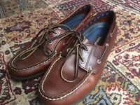 Women's vintage brown Timberland moccasins / boat shoes original leather size 8
