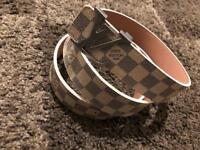 Lv belt white
