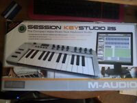 Session Keystudio 25 M-Audio Midi Keyboard