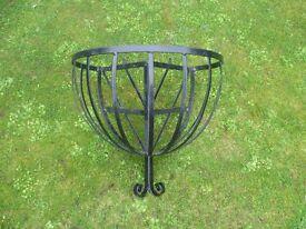 Large plastic coated metal flower basket/manger