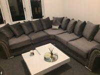 ⭐️BRAND NEW⭐️ Stunning Plush Grey Velvet Corner Sofa