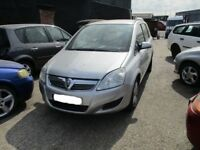 Vauxhall Zafira Silver 2007 *Breaking all parts*