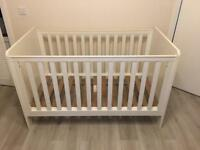 Baby cot bed and drawer set
