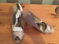 Karen Millen Ladies Beige Shoes Size 5