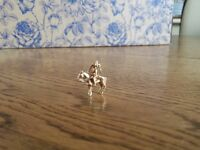 Vintage 9ct Gold Queens Cavalry Braclet Charm