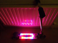 Ozbozz 3 wheel scooter inbuilt Flashing lights