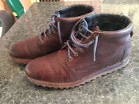 CLARKS IBOOTS SIZE UK 10 FANTASTIC CONDITIONS ONLY 20!!!