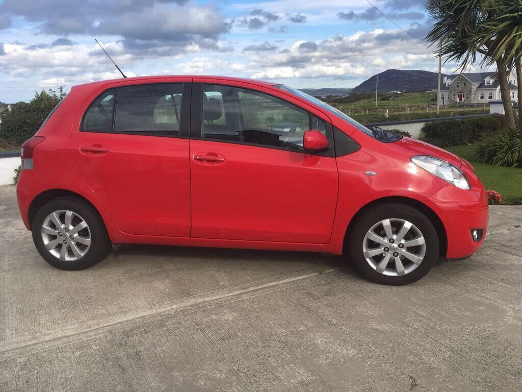 Immaculate Toyota Yaris T-Spirit 2011 low mileage