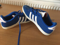 ADIDAS neo trainers size 5