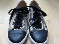 MISS KG LOCO BEIGE COMBI SNAKE PRINT TRAINERS SIZE 6 / 39
