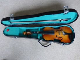 Violin – 1/4 size with bow and case