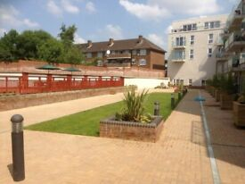 One Bed Purpose Built Flat to Rent in Northwood Hills-PUNAM APARTMENTS