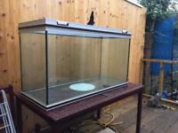 4 ft aquarium Fish tank stand / cabinet & light