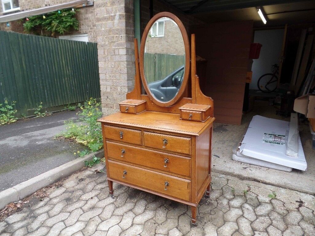 Edwardian Dressing Table with Oval Mirror