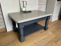 Beautiful coffee table Refurbished Dark Grey Solid Wood